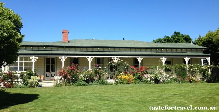 A New Zealand rose, Taste for Travel 8