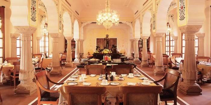 Oberoi Rajvilas dining room