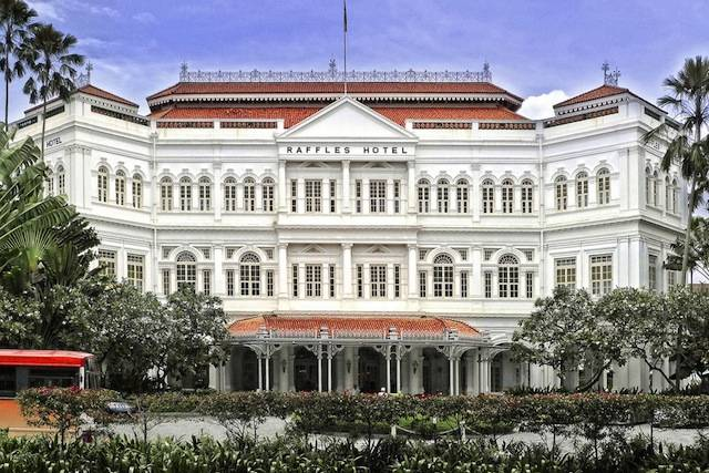 Front of Raffles Hotel Singapore