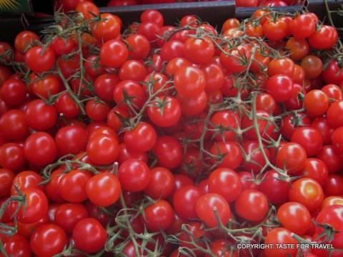 Tomatoes at Orange Grove markets (2)