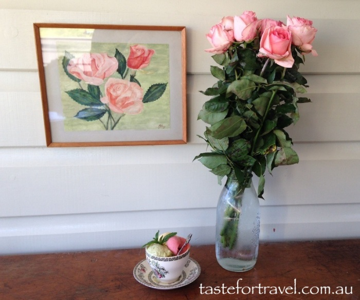 Roses and gelato at Neptune Cafe Kiama