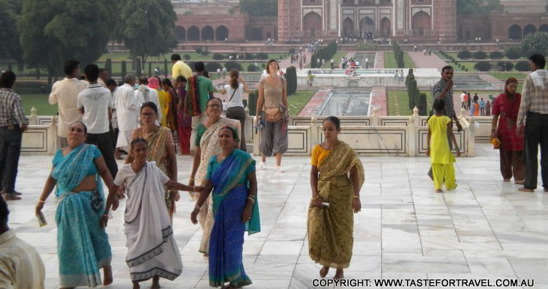 Indian and foreign women at the Taj Mahal