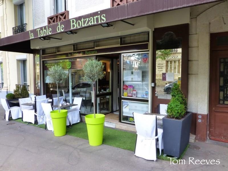 La-Table-de-Botzaris-10-rue-du-Général-Brunet-Paris