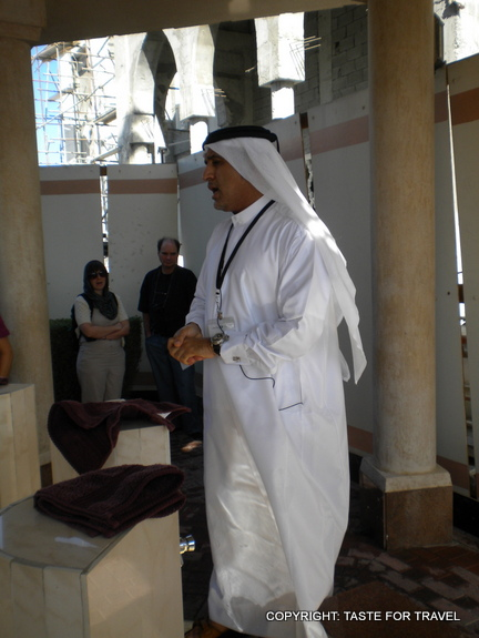 Abdullah at the Jumeirah Mosque explains the pre-prayer washing ritual