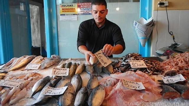 Fish market Aegina day trip