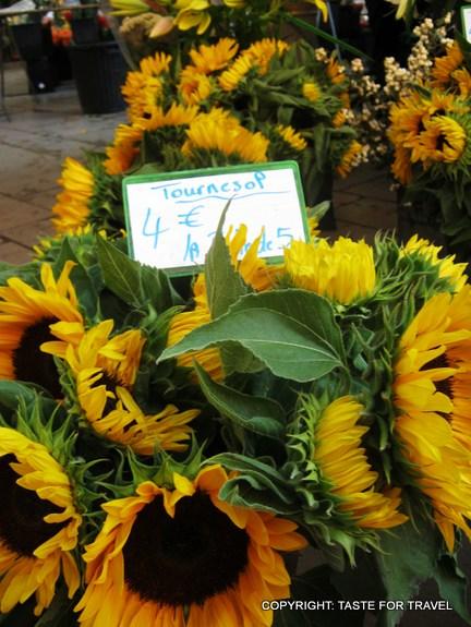 SUnflowers at Aix-en-Provence market (2)