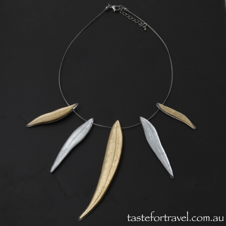 Australia Gum Leaf Resin Necklace
