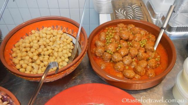 Homemade meat balls, legumes, Llegumes Cuites Isabel
