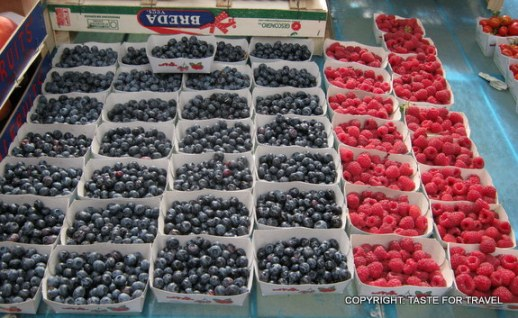 Blueberries and raspberries at the markets in Aix-en-Provence